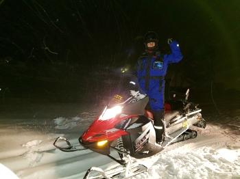 night snowmobile adventure