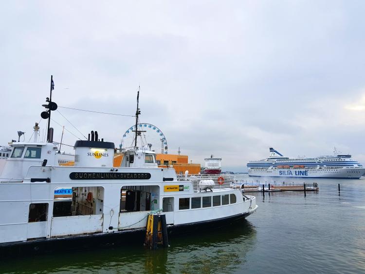SUOMENLINNA boat
